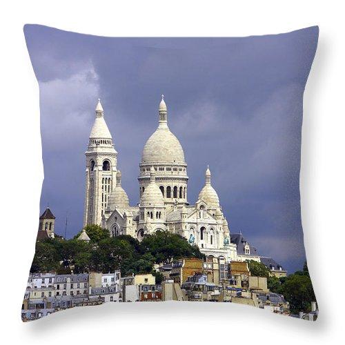Paris Throw Pillow featuring the photograph Sacre Coeur Paris France by Lumiere De Liesse Ltd Images of Robert L Lease