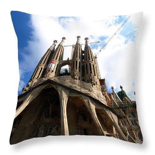 Sagrada Familia Throw Pillow featuring the photograph Sagrada Familia by Valerie Mellema
