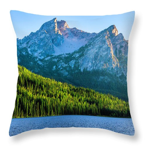 Scenics Throw Pillow featuring the photograph Sawtooth Mountains And Stanley Lake by Dszc