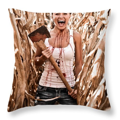 Cut Throw Pillow featuring the photograph Scream by Jt PhotoDesign