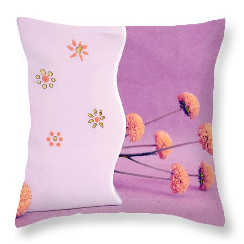 Purple Throw Pillow featuring the photograph Scurves - S4v2t1 by Variance Collections