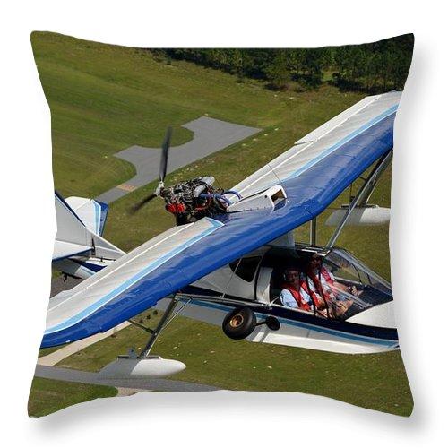 Progressive Aerodyne Searey Throw Pillow featuring the photograph Searey by Matt Abrams