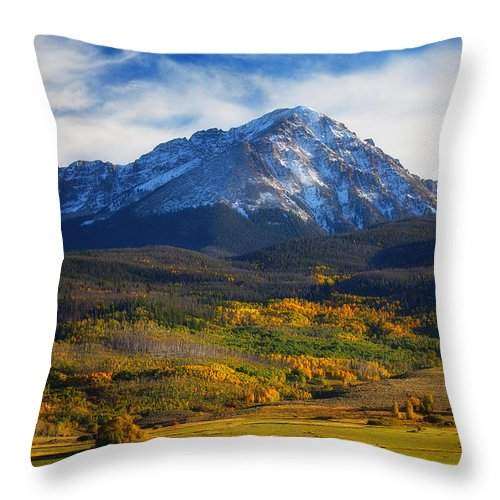Autumn Landscapes Throw Pillow featuring the photograph Seasons Change by Darren White
