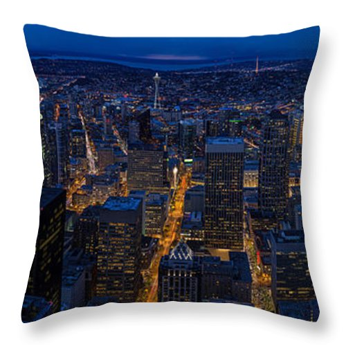 Seattle Throw Pillow featuring the photograph Seattle Christmas by Mike Reid