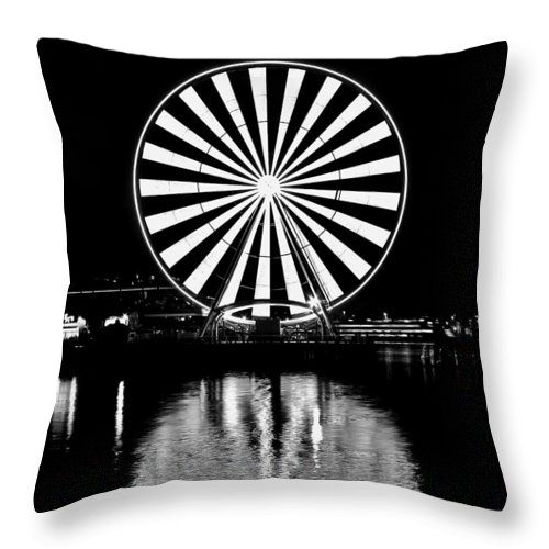 Seattle Throw Pillow featuring the photograph Seattle Great Wheel Black And White by Benjamin Yeager