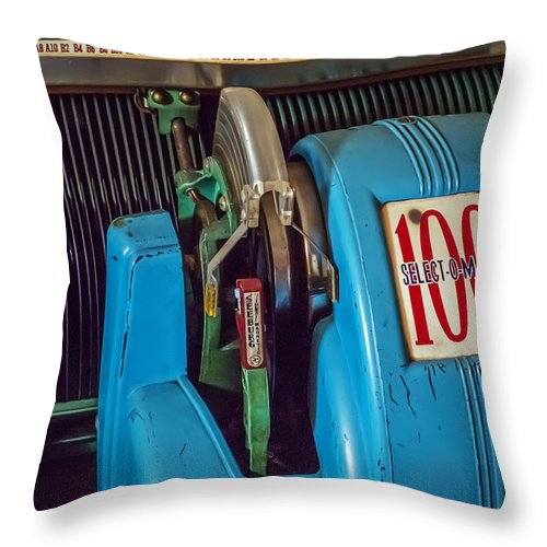 2d Throw Pillow featuring the photograph Seeburg Select-o-matic Jukebox by Brian Wallace
