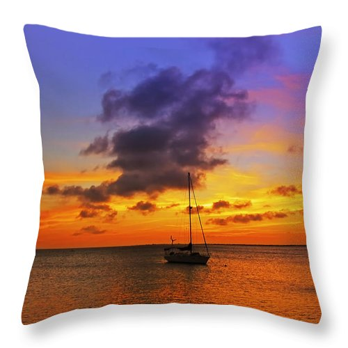 Ocean Throw Pillow featuring the photograph Serenity by Stephen Anderson