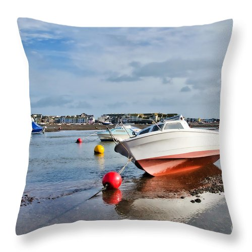 Shaldon Throw Pillow featuring the photograph Shaldon-teignmouth Harbour 3 by Susie Peek
