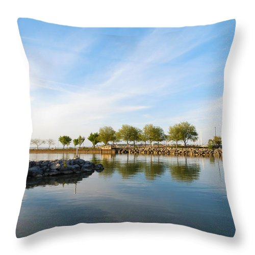 Shoreline Throw Pillow featuring the photograph Shoreline Park by Shawna Rowe