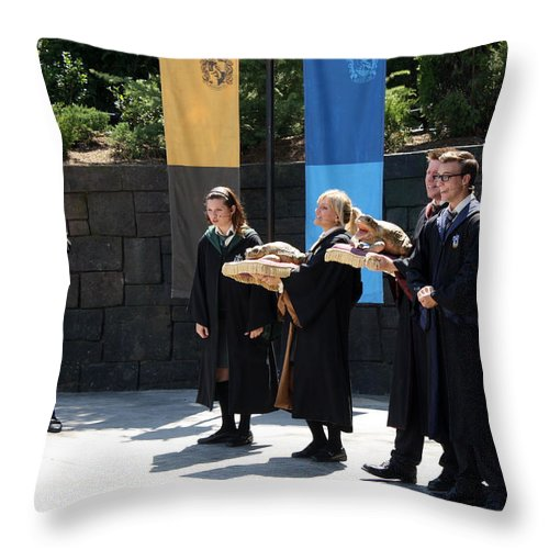 Islands Of Adventure Throw Pillow featuring the photograph Singing Toads by David Nicholls