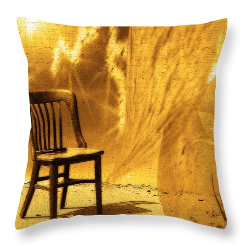 Cathy Beharriell Throw Pillow featuring the digital art Sitting On Edge by Cathy Beharriell