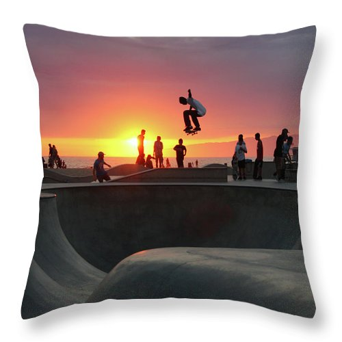 Expertise Throw Pillow featuring the photograph Skateboarding At Venice Beach by Mgs