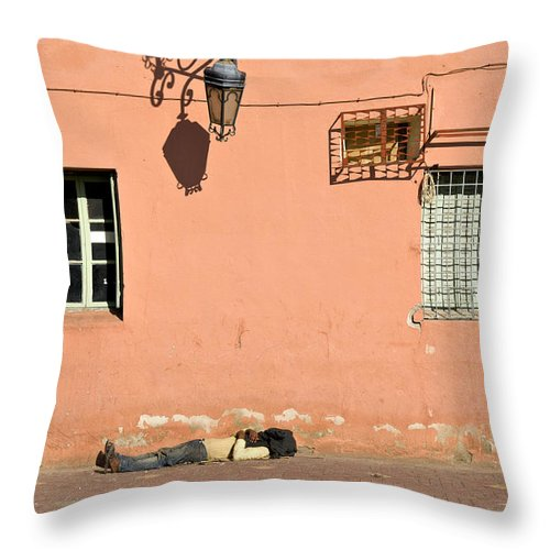 North Throw Pillow featuring the photograph Slumberland by Mick House