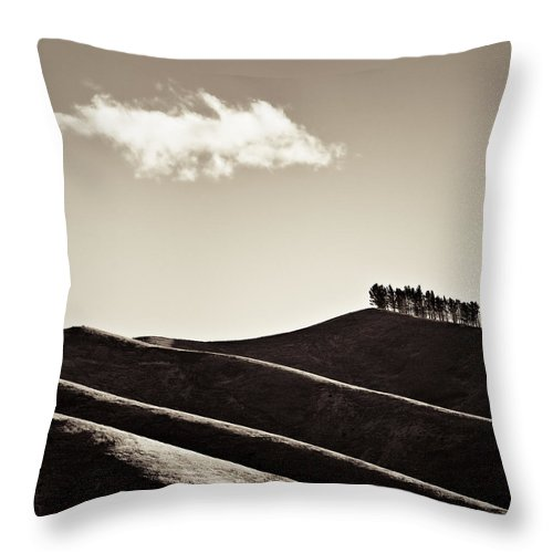 New Zealand Throw Pillow featuring the photograph Solitary Cloud by Dave Bowman