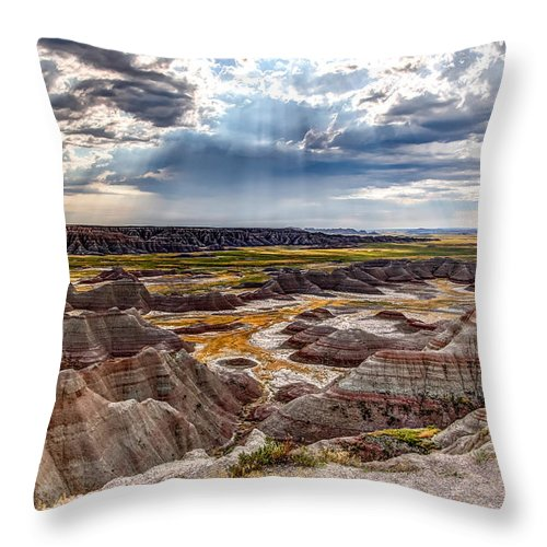 Sunshine Throw Pillow featuring the photograph Son Over The Badlands by Bill Lindsay