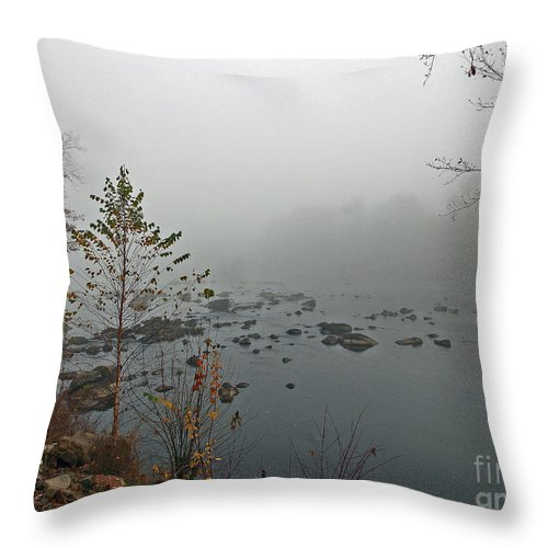 Scenic Tours Throw Pillow featuring the photograph Southern Shores by Skip Willits