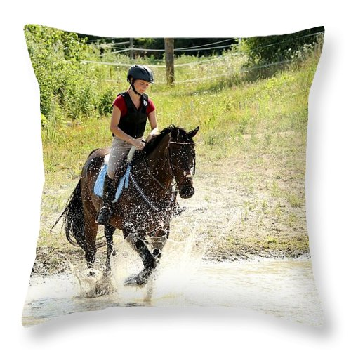 Horse Throw Pillow featuring the photograph Splashing Thru Water Jump by Janice Byer