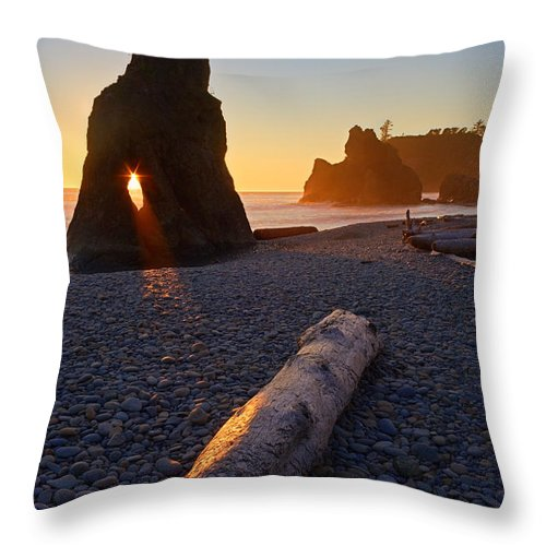 Landscape Throw Pillow featuring the photograph Spotlit by Don Hall