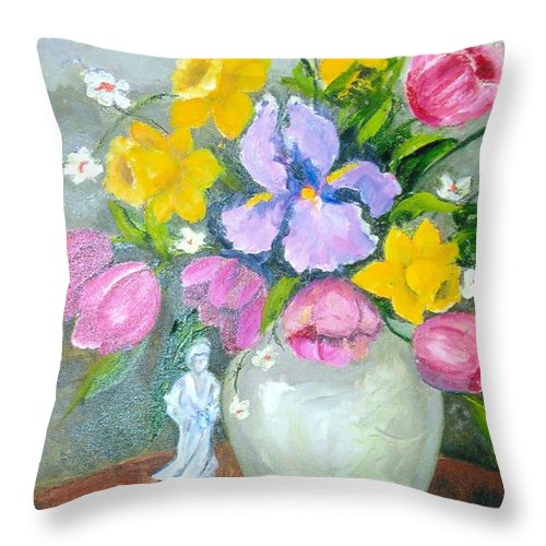 Tulip Throw Pillow featuring the painting Spring Blooms by Judie White
