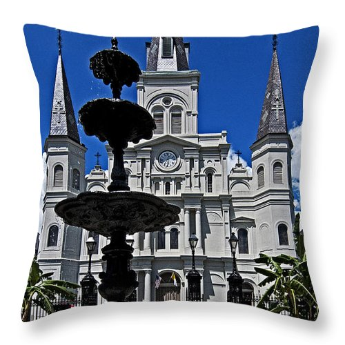 St. Louis Cathedral Throw Pillow featuring the photograph St Louis Cathedral Fountain by Andy Crawford