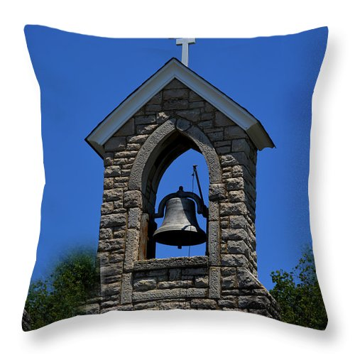St.mary Throw Pillow featuring the photograph St Mary Magdalene Church Fayetteville Tennessee by Lesa Fine
