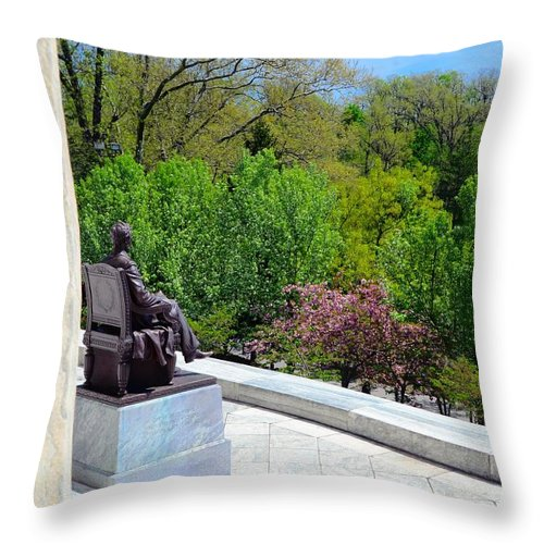 President Throw Pillow featuring the photograph Statue Of President Lincoln by Kathleen Struckle