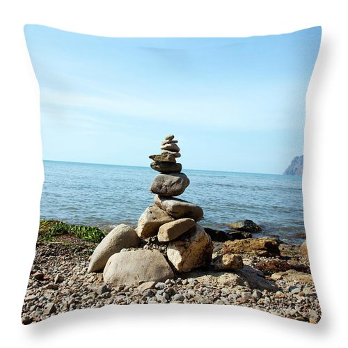 Heap Throw Pillow featuring the photograph Stone Tower On The Beach by Mashabuba