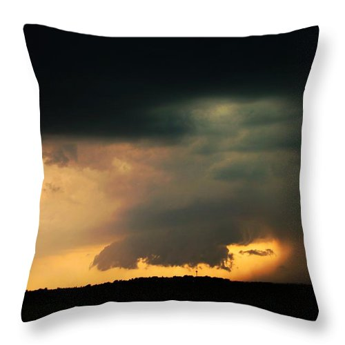 Stormscape Throw Pillow featuring the photograph Stong Nebraska Supercells by NebraskaSC