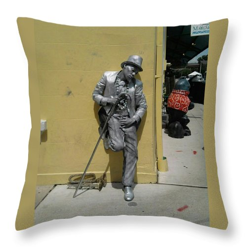 New Orleans Throw Pillow featuring the photograph Strike A Pose by Tina Vaughn