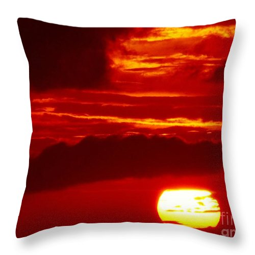 Color Throw Pillow featuring the photograph Sun In Descent by Amar Sheow