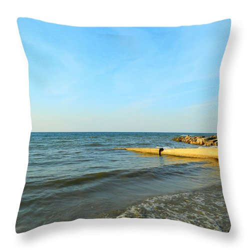 Clouds Throw Pillow featuring the photograph Sundown At Lake Erie by Kathy Barney