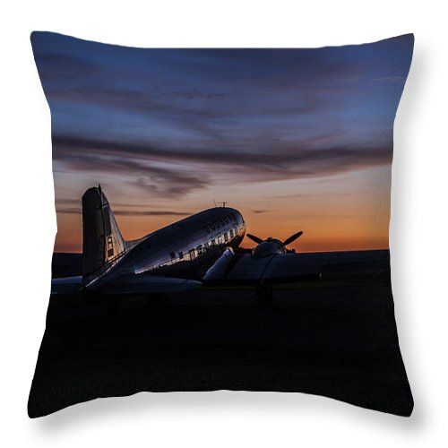 Landscapes Throw Pillow featuring the photograph Sunrise At The Airport by Amber Kresge
