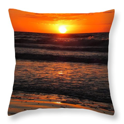 Sunrise Throw Pillow featuring the photograph Sunrise In Texas 2 by Richard Booth