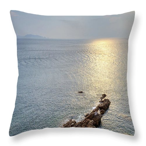 Scenics Throw Pillow featuring the photograph Sunrise Over The Coast Of Shenzhen by Feng Wei Photography