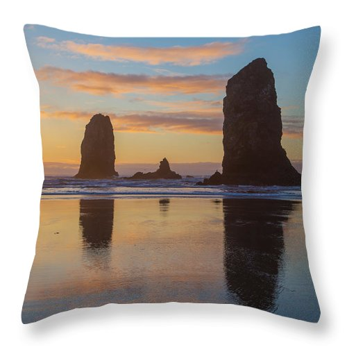 Cannon Beach Throw Pillow featuring the photograph Sunset At Cannon Beach by Angie Vogel