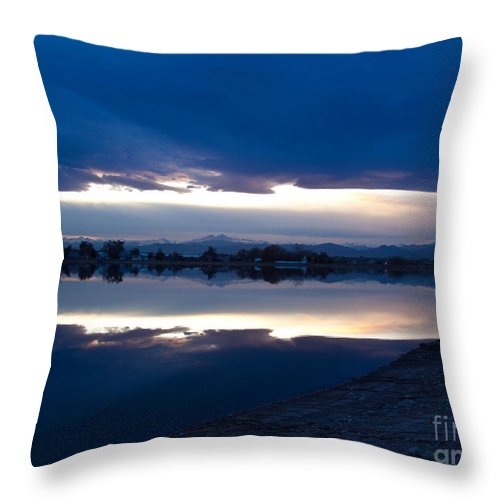 Sunset Throw Pillow featuring the photograph Sunset At Windsor Lake by Dana Kern