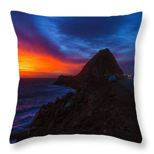Malibu Throw Pillow featuring the photograph Sunset Crusin' On Pch by Lynn Bauer