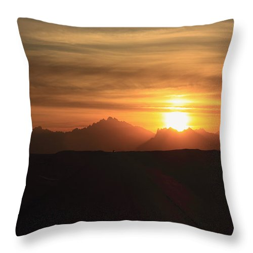 Africa Throw Pillow featuring the photograph Sunset In The Eastern Desert Sahara Egypt by Ivan Pendjakov