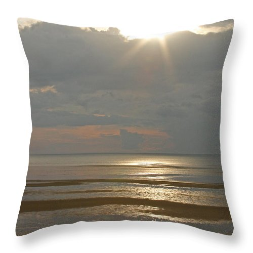 Sunset Throw Pillow featuring the photograph Sunset On The Bay by Jayne Carney
