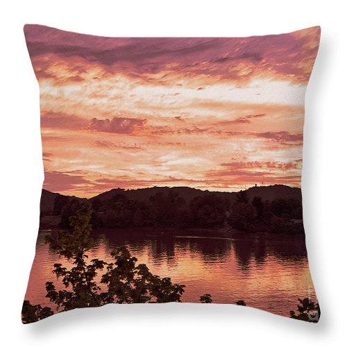 Ohio River Throw Pillow featuring the photograph Sunset On The Ohio River by Lydia Holly