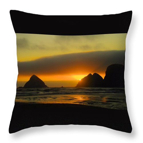 Sunset Throw Pillow featuring the photograph Sunset On The Oregon Coast by Jeff Swan