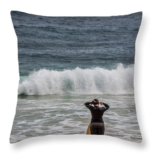 Merritt Island Throw Pillow featuring the photograph Surfer Checking The Waves by Mark Fuge