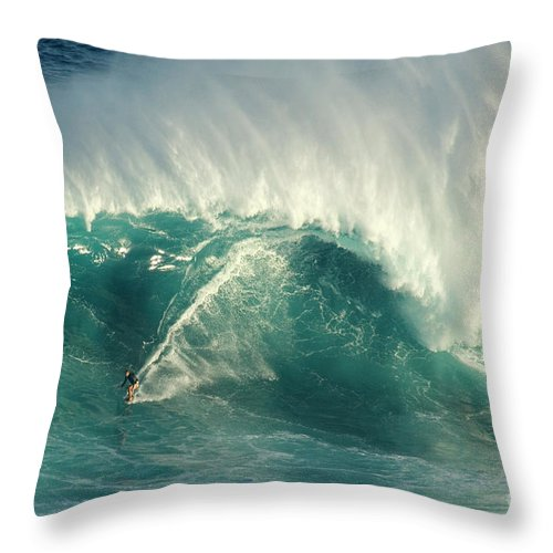 Surf Throw Pillow featuring the photograph Surfing Jaws 2 by Bob Christopher