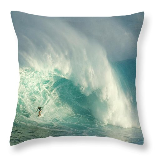Surf Throw Pillow featuring the photograph Surfing Jaws 3 by Bob Christopher