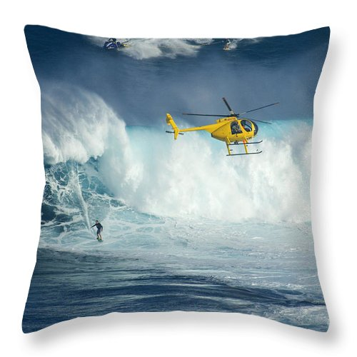Helicopter Throw Pillow featuring the photograph Surfing Jaws 6 by Bob Christopher