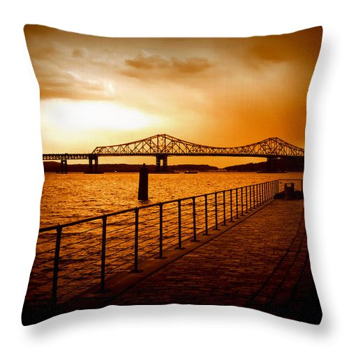 Tappan Zee Bridge Throw Pillow featuring the photograph Tappan Zee Bridge I by Aurelio Zucco