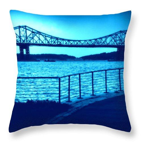 Tappan Zee Bridge Throw Pillow featuring the photograph Tappan Zee Bridge Vii by Aurelio Zucco