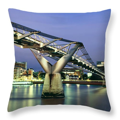 Tate Modern Throw Pillow featuring the photograph Tate Modern And Millennium Bridge by Rod McLean