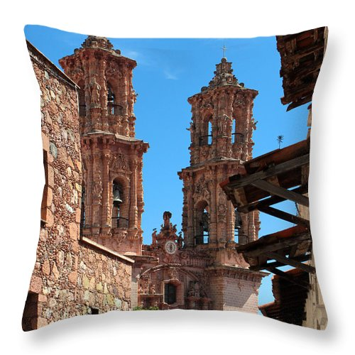 Cathedral Throw Pillow featuring the photograph Taxco 18 by Juan Miranda