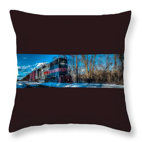 Power Throw Pillow featuring the photograph The 315 by Andre Moraes